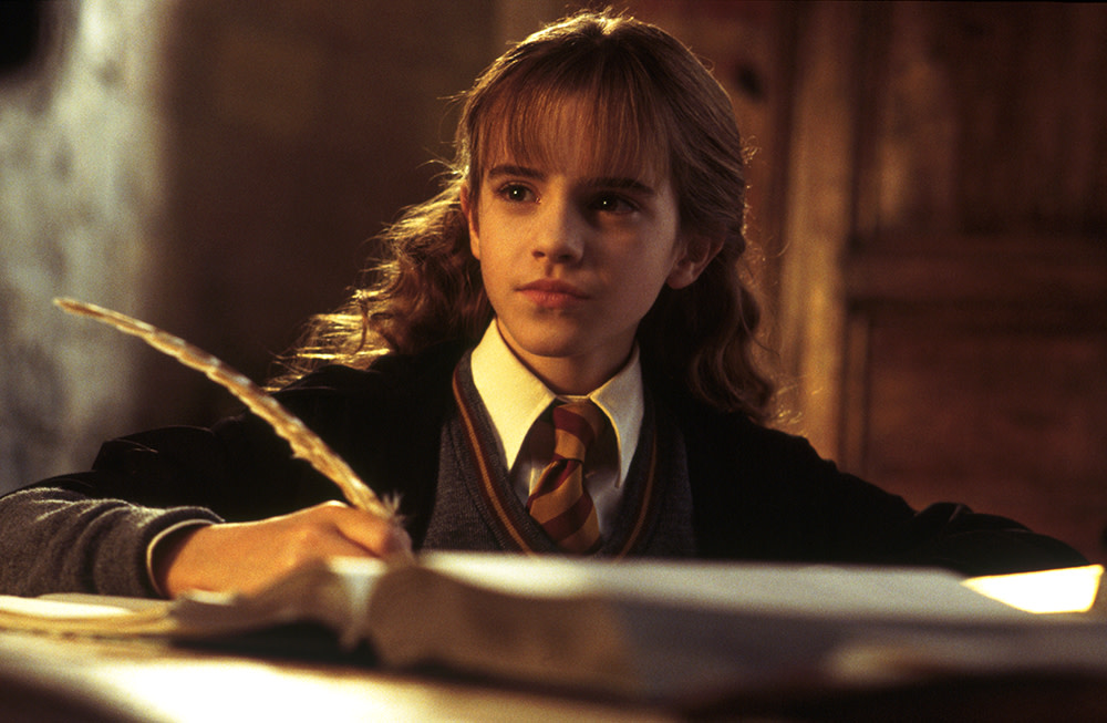 WB HP F2 Hermione writing quill