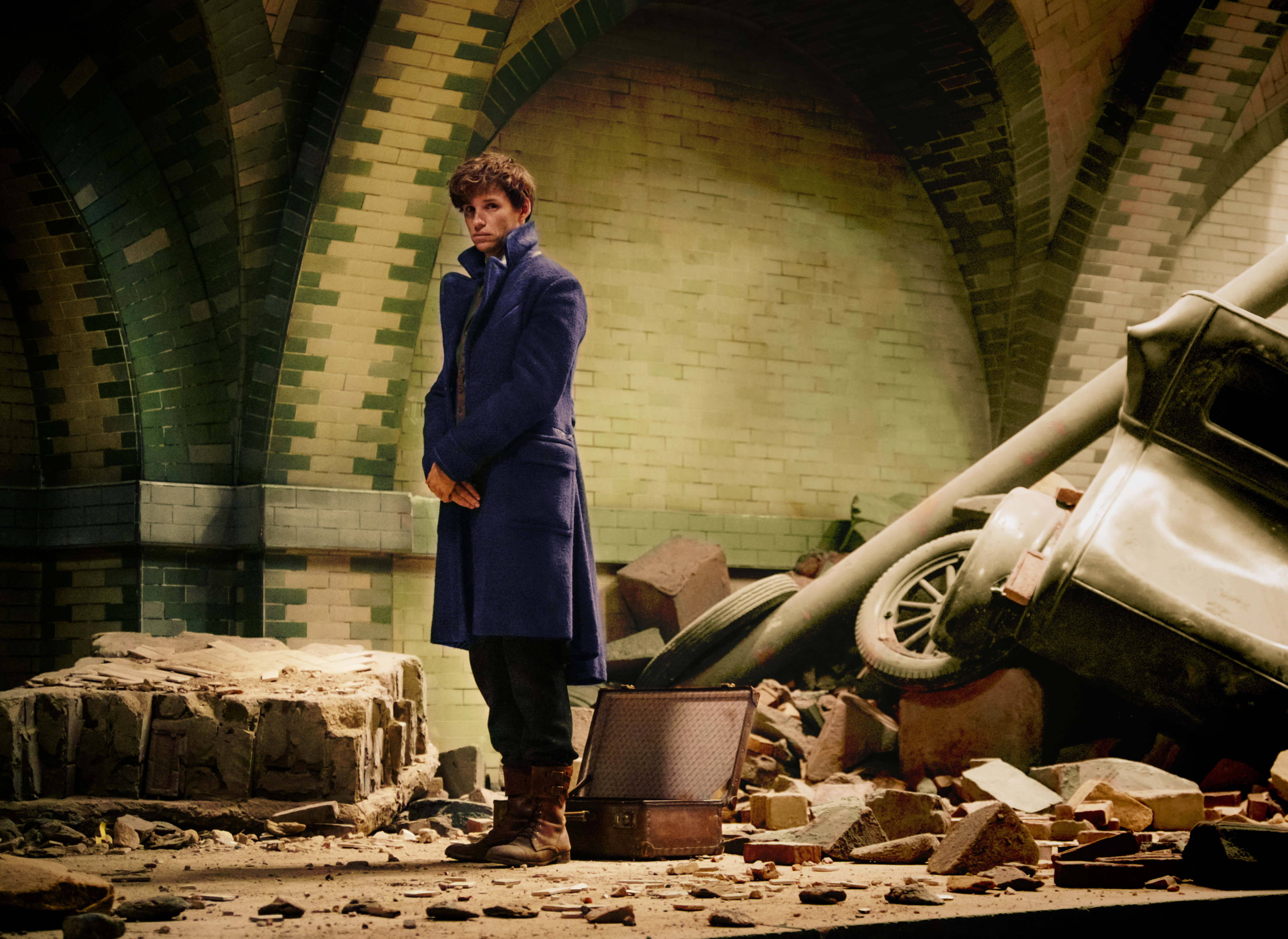 FB WB Newt Scamander at Destroyed City Hall Subway Station