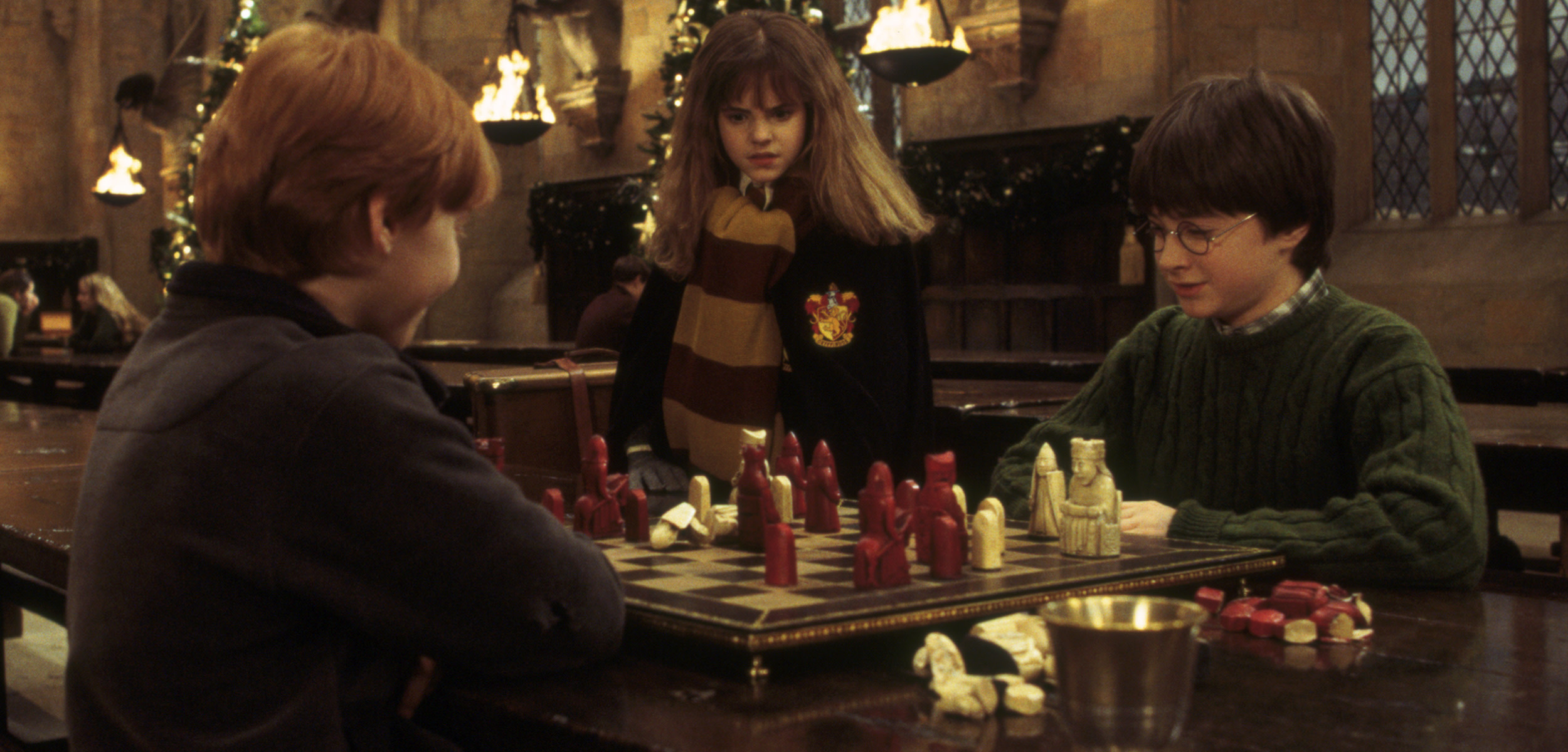 HP-F1-harry-ron-hermione-chess-christmas