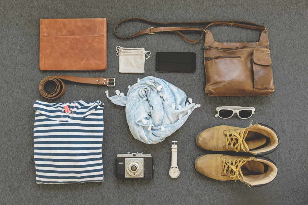 Shoes, clothes and accessories - Packing for a trip