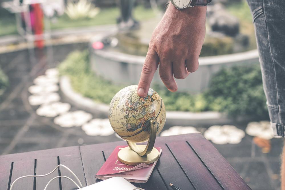 Small globus