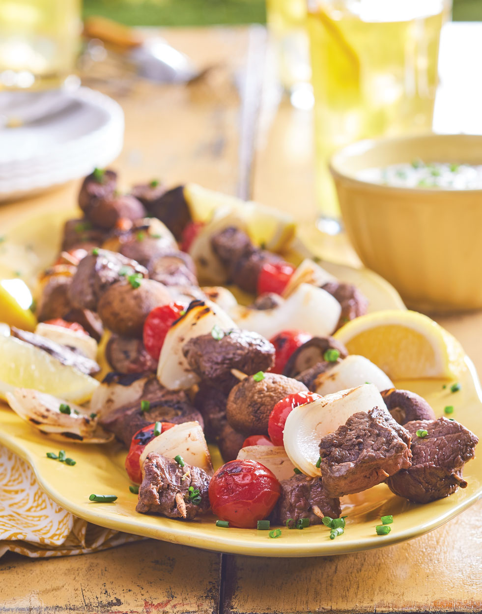 California Steak Kebabs with Creamy Chive Sauce