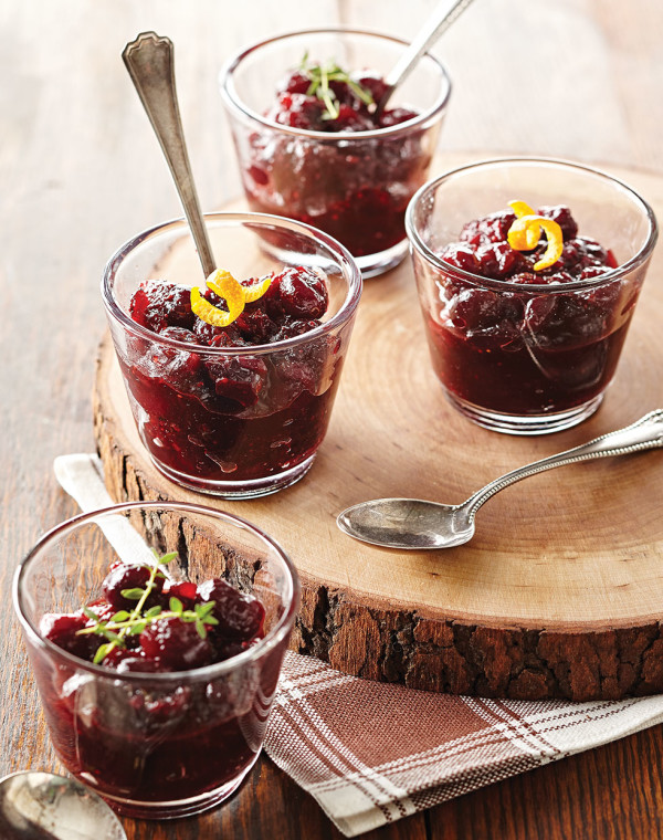 Savory Cranberry Sauce with red wine & thyme