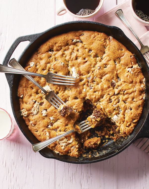 Chocolate Peanut Butter Skillet Cookie with Marshmallow Fluff
