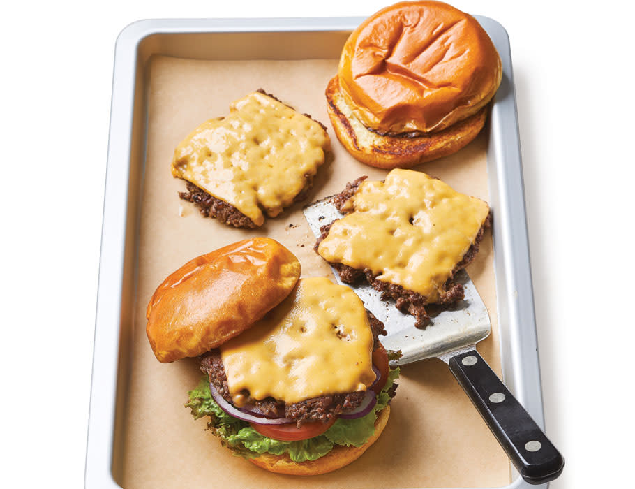 Article-How-to-Make-Smashburgers-Lead