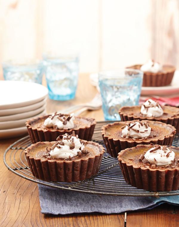 Pumpkin Crème Brûlée Tartlets