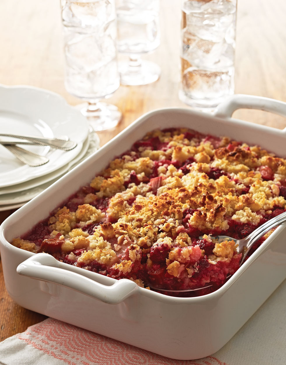 Rhubarb-Raspberry Brown Betty