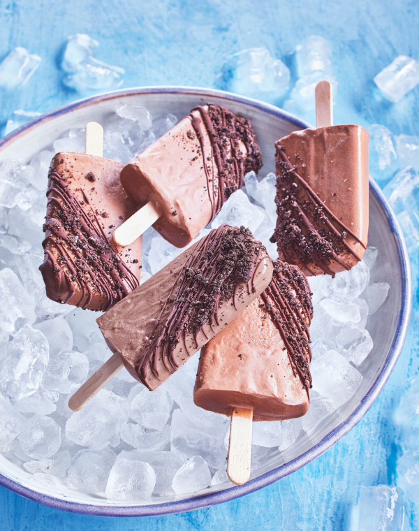 Mudslide Fudgesicles with a Chocolate Shell