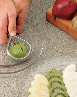 Tips-Many-Uses-for-Egg-Slicer