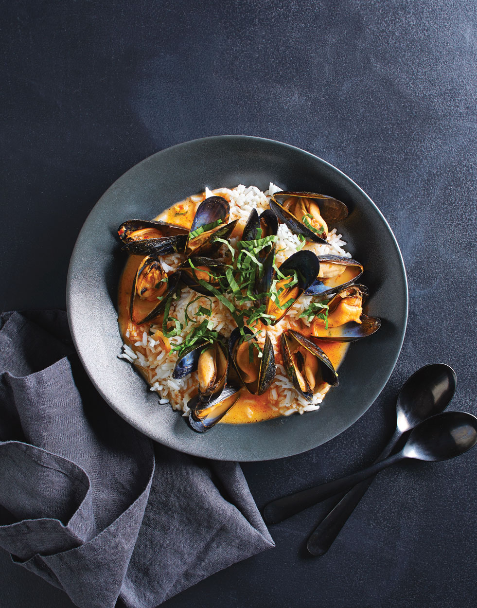 Red-Curry-Mussels-Zoomedout