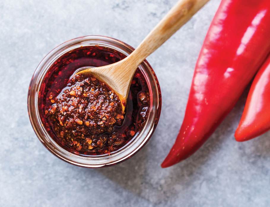 Article-My-Hot-Sauce-Fetish-Lead