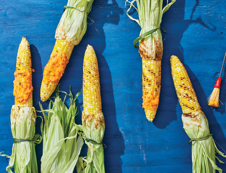 Ears of sweet corn with pimento cheese butter