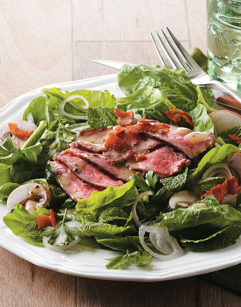 Steak au Poivre Salad