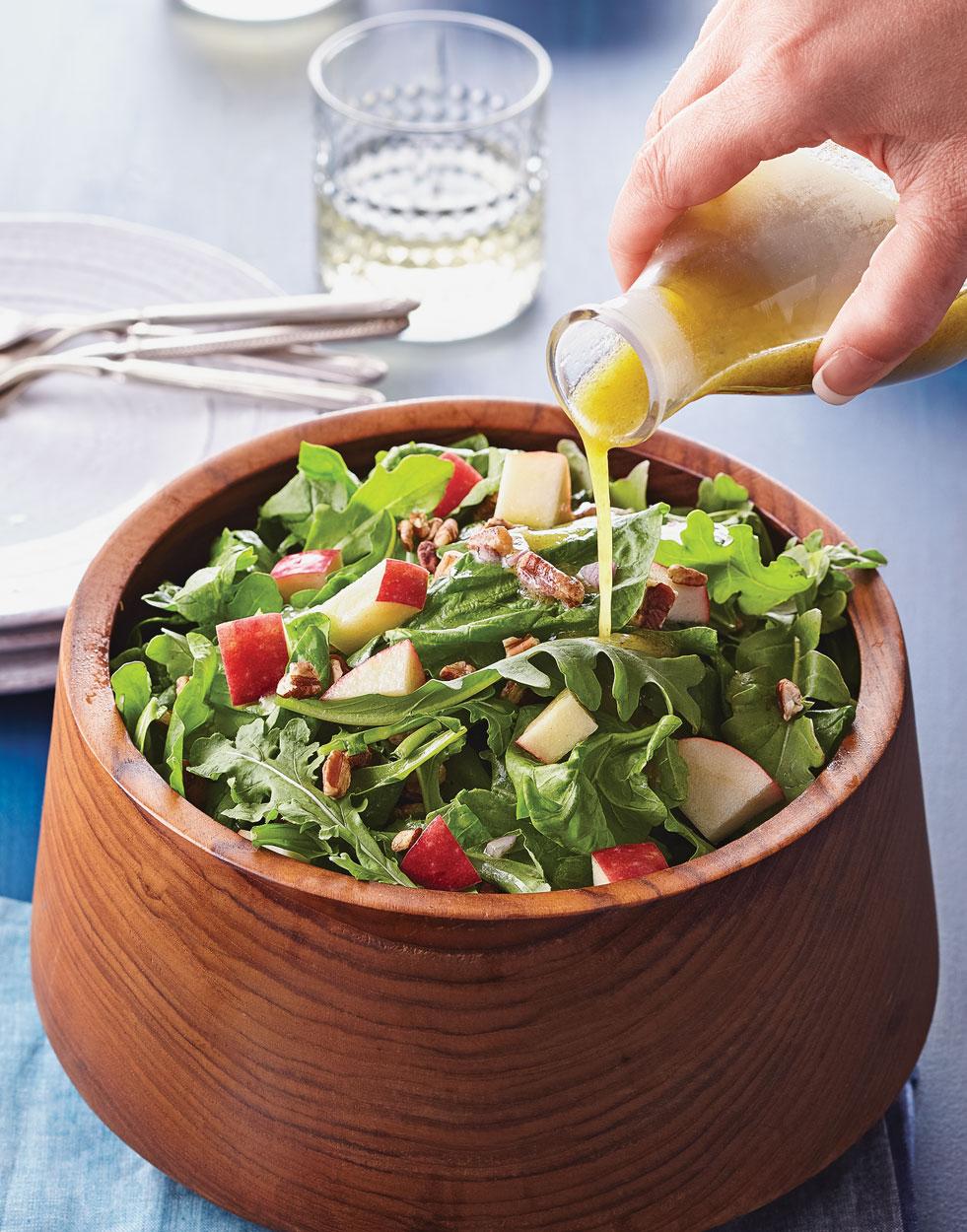 Spinach Arugula Apple Salad With Cider Vinaigrette