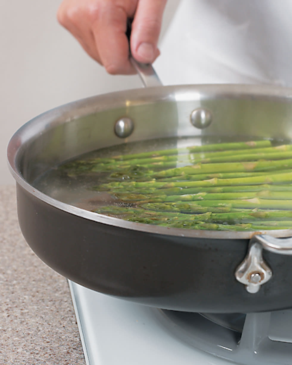 Tips-How-to-Evenly-Cook-Asparagus