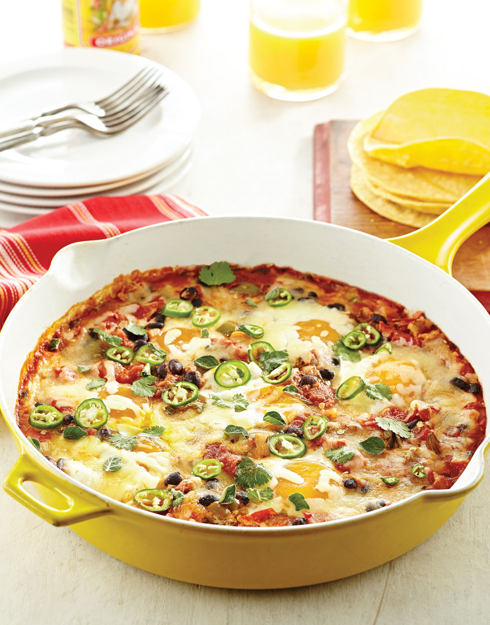 Eggs in Tomato Sauce with Black Beans