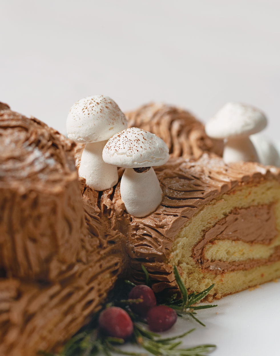 Meringue Mushrooms for bûche de noël