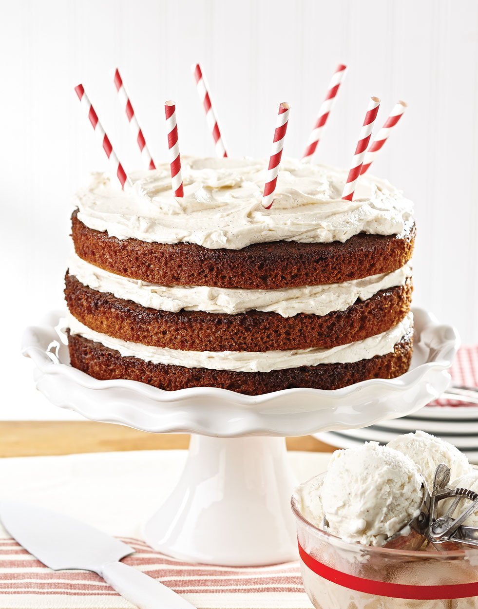 Root Beer Float Cake with vanilla ice cream frosting