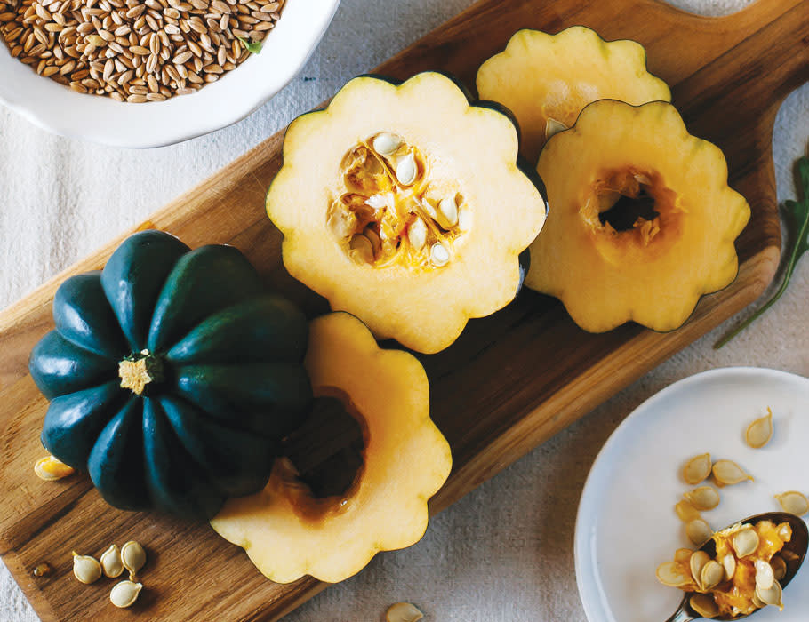 The History of the Acorn Squash, a.k.a. Table Queen or Des Moines squash