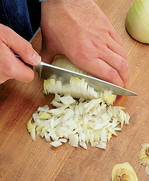 Tips-How-to-Chop-Onions4