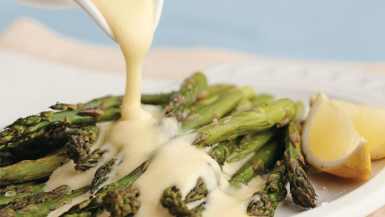 How to Make Classic Hollandaise Sauce