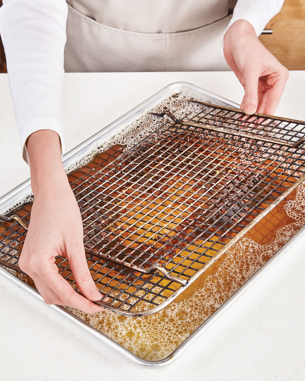 How to Clean a Wire Cooling Rack