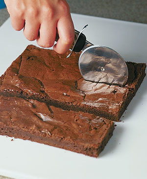Tips-How-to-Cut-Perfect-Brownies