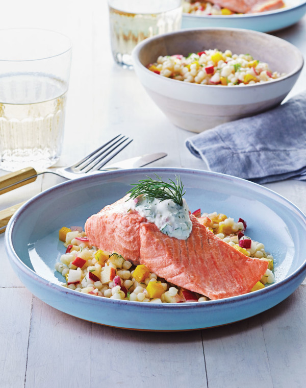 Poached Salmon with Creamy Dill Sauce