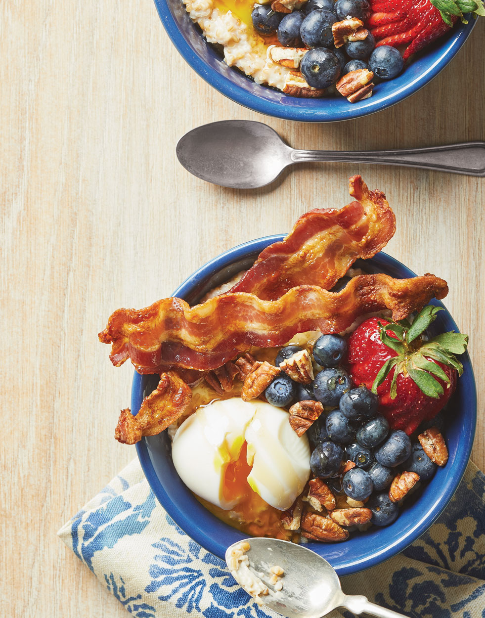 Steel-Cut Oats Breakfast Bowls with Bacon, Berries & Soft-Cooked Eggs