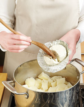 Garlic-Fine-Herbs-Mashed-Potatoes-Step2