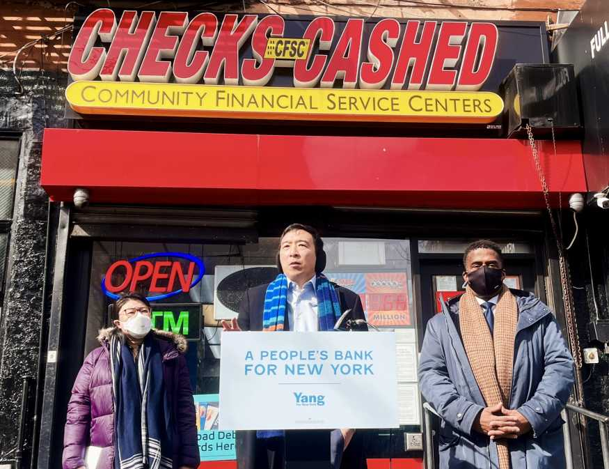 Andrew Yang announcing proposal for The People's Bank of New York