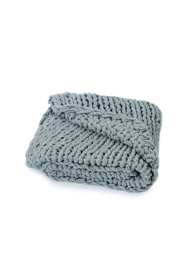 grey blue knitted blanket