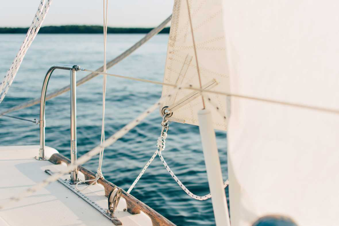 Top tips for sailing beginners
