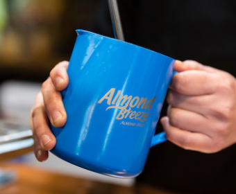 Blog - What makes Almond Breeze froth