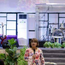 Cristina Sosso speaking at the Prophetic Conference 2019 in General Santos City.