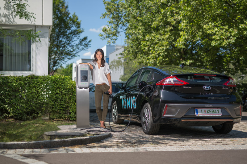 KEBA-bseries-ev-charging-point