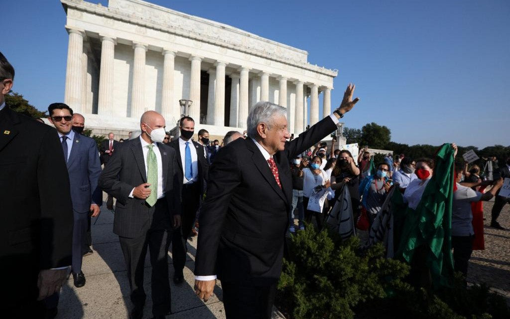 AMLO-Lincoln-Washington-02-0807