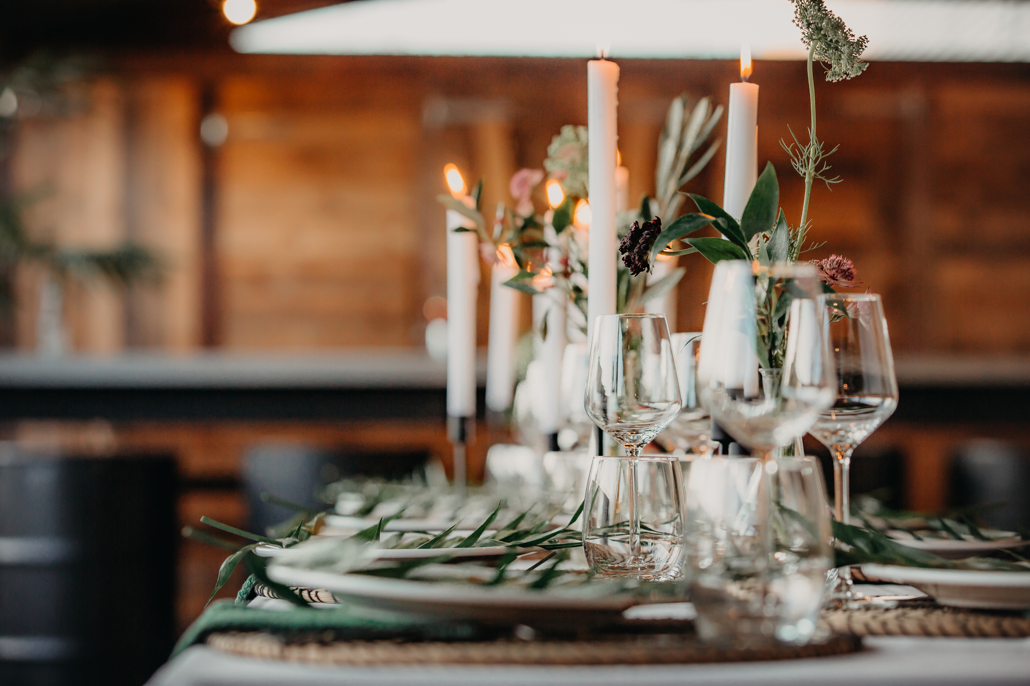 tafelsetting bruiloft strnd breda trouwlocatie