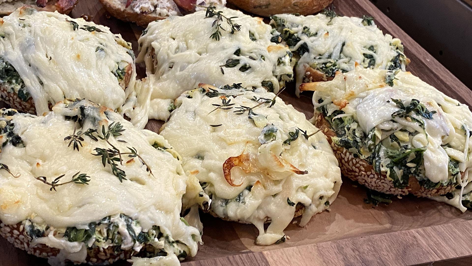 Warm Artichoke and Spinach Bagels | Bagel Lab