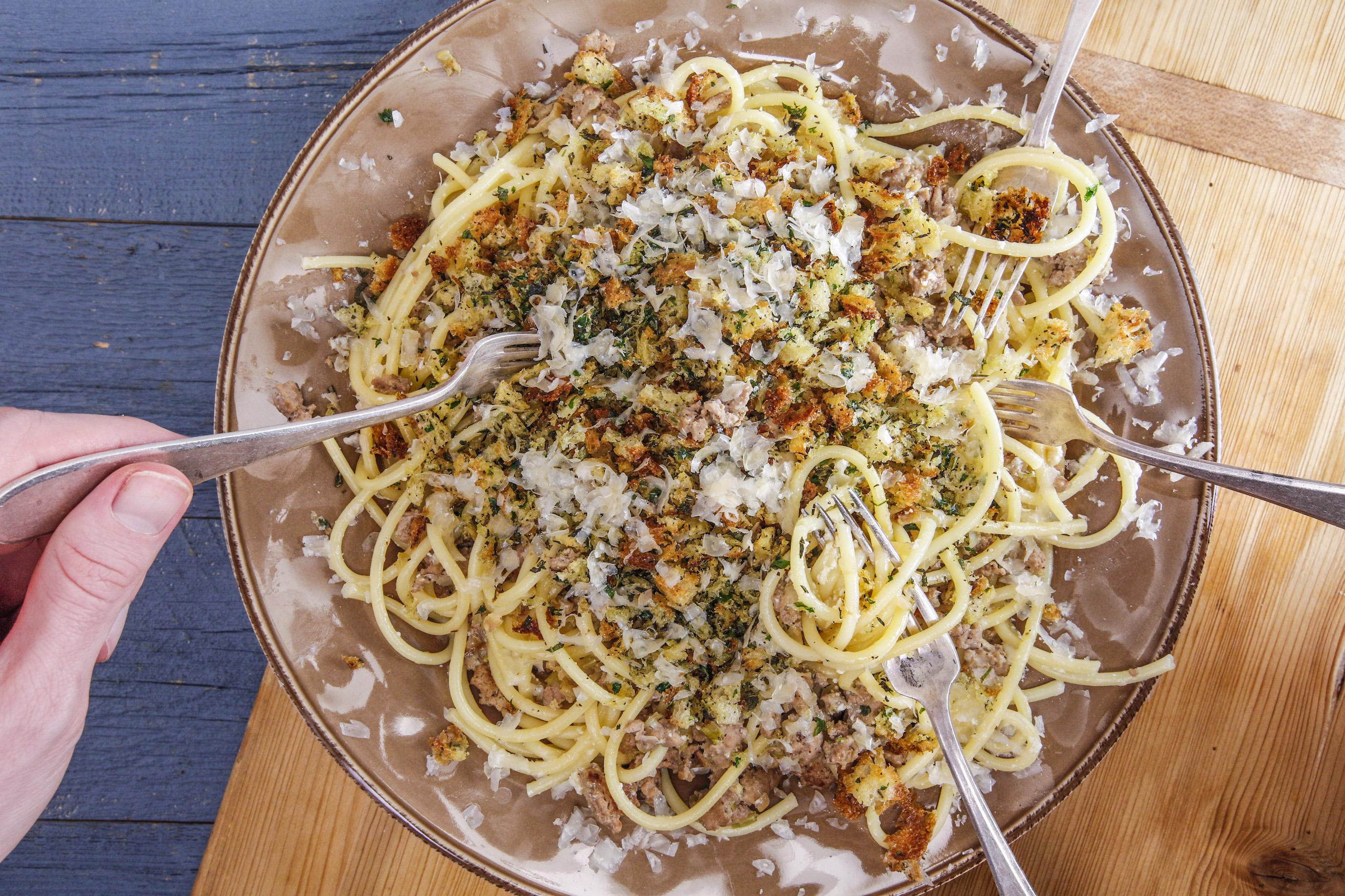 Rachael's Buttermilk Bucatini with Turkey Ragu and Herb Breadcrumbs
