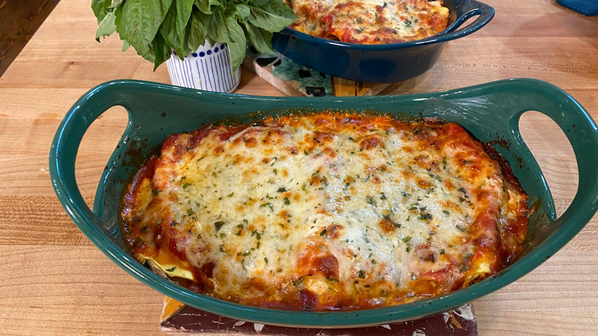 Cannelloni with Spinach & Spicy Red Sauce