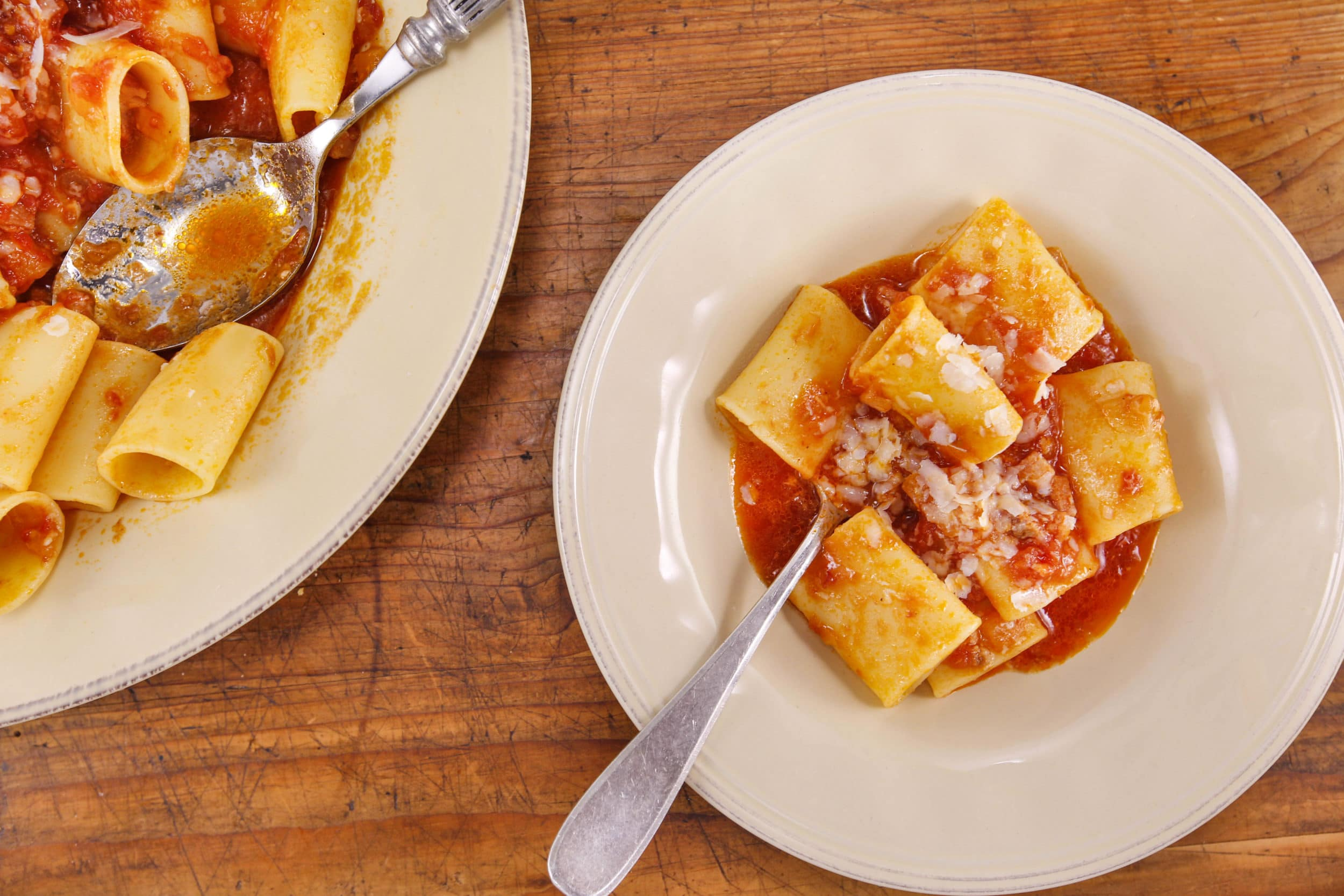 Paccheri all'Amatriciana: Pasta with Bacon and Onion Sauce