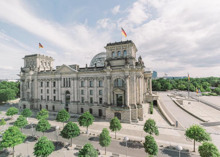 Berlin-Reichstag-top