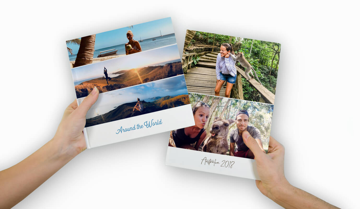 photo-books-with-two-hands