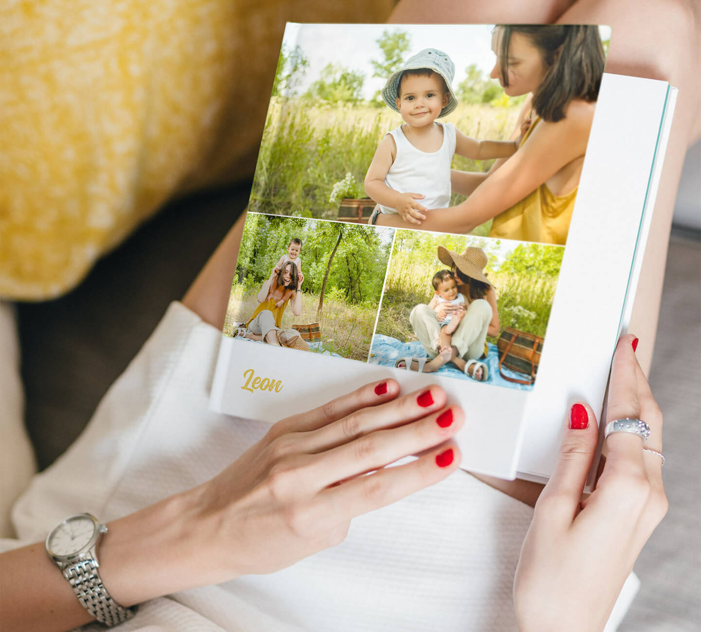 family-photo-book-bed