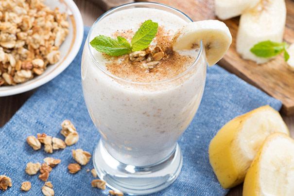 Fruchtshake mit Hafermilch Rezept
