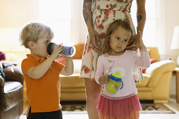 Die Kinder sehen sehr friedlich aus, ggfs. ein passendes Bild zu Thema Aggression einbetten