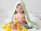 Meilensteine in Babys Entwicklung