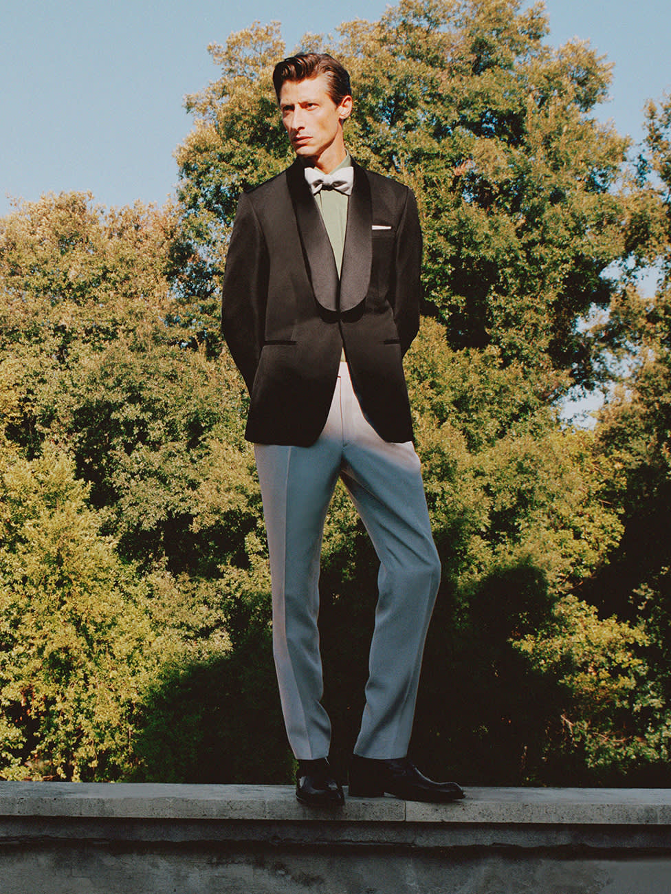 Male model wearing an eveningwear outfit.