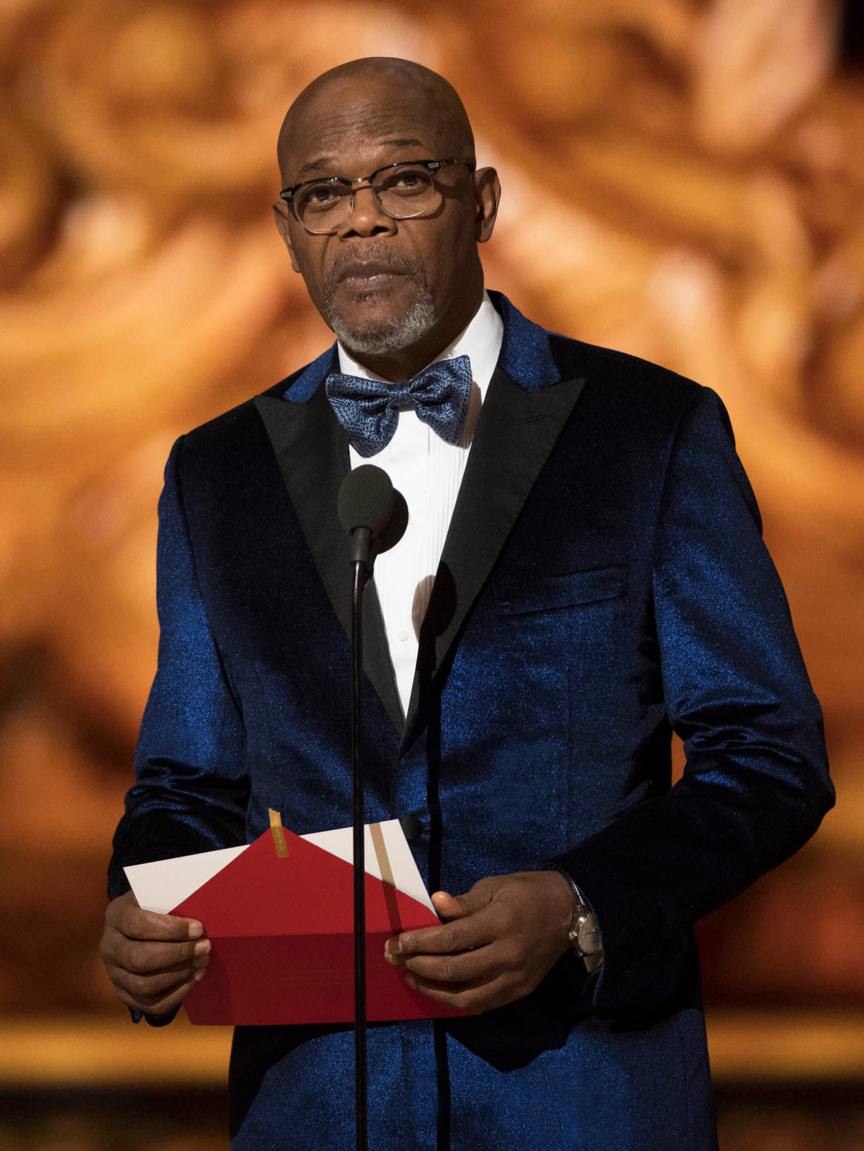 Samuel L. Jackson wearing a Brioni bespoke blue dinner jacket